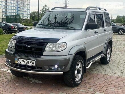Сірий УАЗ Патриот, об'ємом двигуна 2.7 л та пробігом 137 тис. км за 7500 $, фото 1 на Automoto.ua