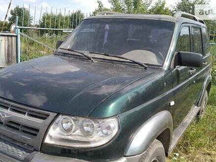 Зеленый УАЗ Патриот, объемом двигателя 2.7 л и пробегом 200 тыс. км за 3700 $, фото 1 на Automoto.ua