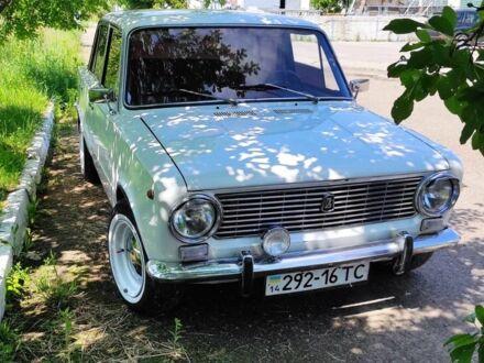 Белый ВАЗ 2101, объемом двигателя 1.2 л и пробегом 100 тыс. км за 888 $, фото 1 на Automoto.ua