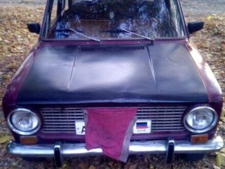 Красный ВАЗ 2101, объемом двигателя 1.3 л и пробегом 100 тыс. км за 0 $, фото 1 на Automoto.ua