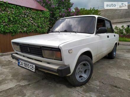 Белый ВАЗ 2105, объемом двигателя 1.5 л и пробегом 85 тыс. км за 1650 $, фото 1 на Automoto.ua
