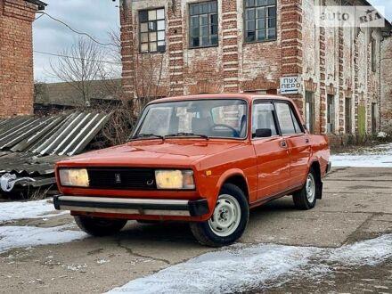 Красный ВАЗ 2105, объемом двигателя 0 л и пробегом 90 тыс. км за 1750 $, фото 1 на Automoto.ua