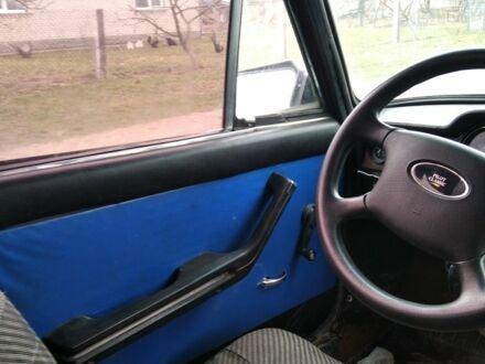 Красный ВАЗ 2106, объемом двигателя 1.5 л и пробегом 100 тыс. км за 880 $, фото 1 на Automoto.ua