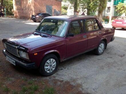 Красный ВАЗ 2107, объемом двигателя 1.5 л и пробегом 71 тыс. км за 2109 $, фото 1 на Automoto.ua