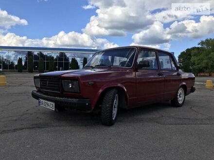 Красный ВАЗ 2107, объемом двигателя 1.5 л и пробегом 43 тыс. км за 2200 $, фото 1 на Automoto.ua
