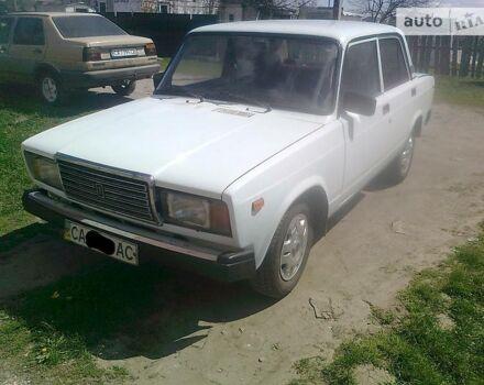 Белый ВАЗ 2107, объемом двигателя 1.5 л и пробегом 100 тыс. км за 1550 $, фото 1 на Automoto.ua