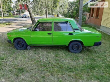 Зеленый ВАЗ 2107, объемом двигателя 1.5 л и пробегом 180 тыс. км за 2000 $, фото 1 на Automoto.ua