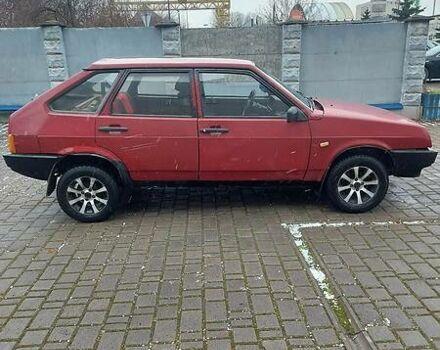 Красный ВАЗ 2109, объемом двигателя 1.5 л и пробегом 111 тыс. км за 1250 $, фото 1 на Automoto.ua