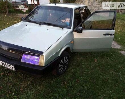 Серый ВАЗ 2109, объемом двигателя 1.5 л и пробегом 147 тыс. км за 2000 $, фото 1 на Automoto.ua