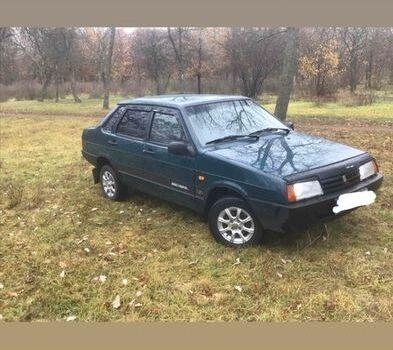 Зеленый ВАЗ 21099, объемом двигателя 1.5 л и пробегом 1 тыс. км за 3000 $, фото 1 на Automoto.ua