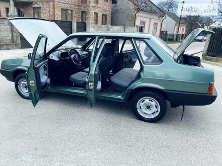 Зеленый ВАЗ 21099, объемом двигателя 1.6 л и пробегом 70 тыс. км за 3540 $, фото 1 на Automoto.ua