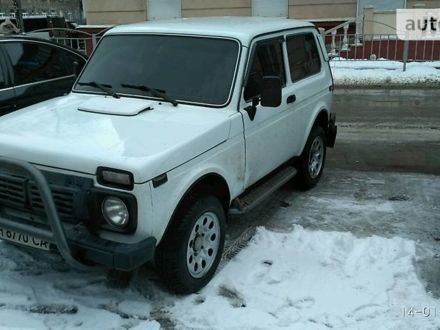 Білий ВАЗ 2121, об'ємом двигуна 1.6 л та пробігом 42 тис. км за 2800 $, фото 1 на Automoto.ua