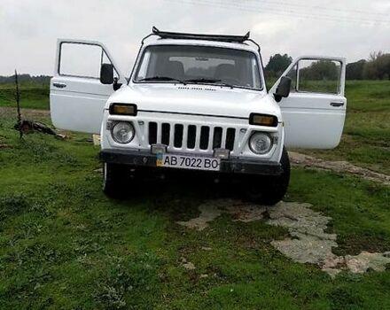 Белый ВАЗ 2121, объемом двигателя 1.6 л и пробегом 65 тыс. км за 2700 $, фото 1 на Automoto.ua
