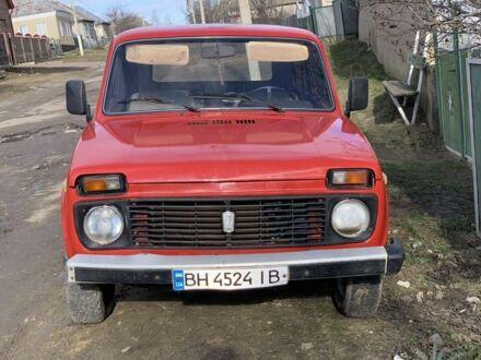 Червоний ВАЗ 2121, об'ємом двигуна 1.6 л та пробігом 90 тис. км за 2000 $, фото 1 на Automoto.ua