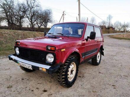 Червоний ВАЗ 2121, об'ємом двигуна 1.6 л та пробігом 200 тис. км за 1800 $, фото 1 на Automoto.ua