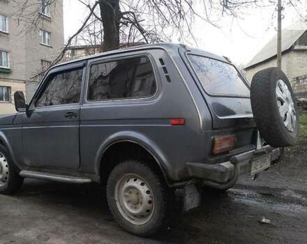 Серый ВАЗ 2121, объемом двигателя 1.6 л и пробегом 70 тыс. км за 2900 $, фото 1 на Automoto.ua