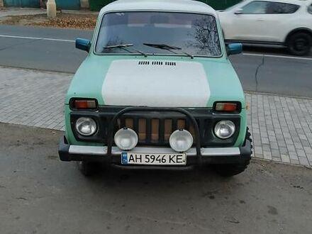 Зелений ВАЗ 2121, об'ємом двигуна 1.6 л та пробігом 80 тис. км за 3000 $, фото 1 на Automoto.ua