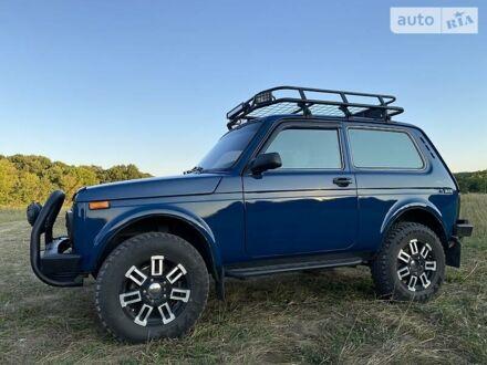 Синій ВАЗ 21214, об'ємом двигуна 1.7 л та пробігом 130 тис. км за 5950 $, фото 1 на Automoto.ua