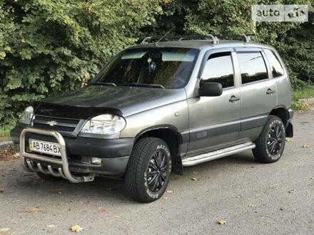 Сірий ВАЗ 2123, об'ємом двигуна 1.7 л та пробігом 258 тис. км за 4444 $, фото 1 на Automoto.ua