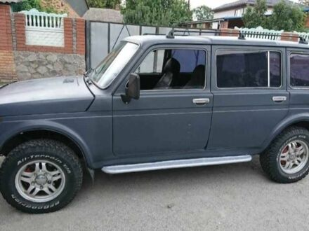 Сірий ВАЗ 2131, об'ємом двигуна 2 л та пробігом 1 тис. км за 4500 $, фото 1 на Automoto.ua