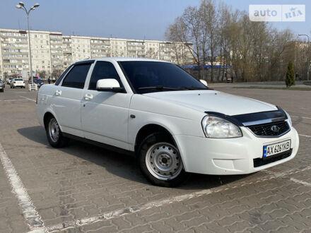 Белый ВАЗ 2170, объемом двигателя 1.6 л и пробегом 130 тыс. км за 4300 $, фото 1 на Automoto.ua