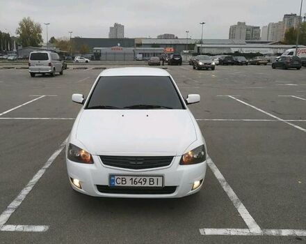 Білий ВАЗ 2172, об'ємом двигуна 1.6 л та пробігом 196 тис. км за 4500 $, фото 1 на Automoto.ua