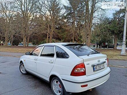 Белый ВАЗ 2172, объемом двигателя 1.6 л и пробегом 75 тыс. км за 4700 $, фото 1 на Automoto.ua