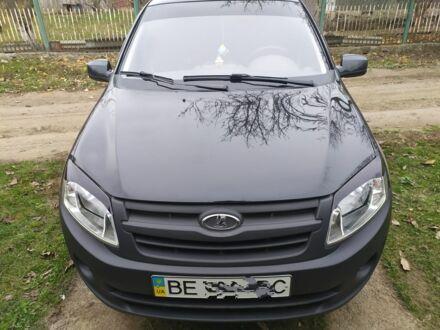 Чорний ВАЗ Гранта, об'ємом двигуна 1.6 л та пробігом 44 тис. км за 4600 $, фото 1 на Automoto.ua