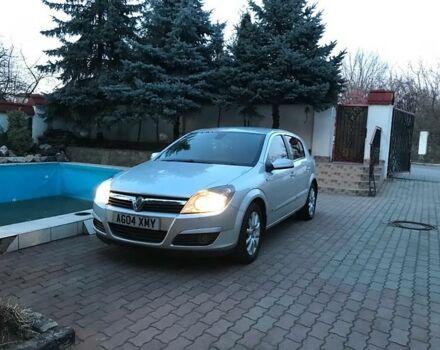 Срібний Воксхолл Astra, об'ємом двигуна 1.7 л та пробігом 108 тис. км за 2000 $, фото 1 на Automoto.ua