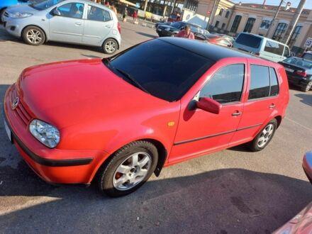 Червоний Фольксваген 1600, об'ємом двигуна 1.6 л та пробігом 350 тис. км за 4300 $, фото 1 на Automoto.ua