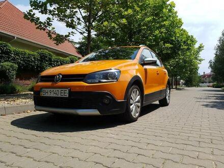 Оранжевый Фольксваген Кросс Поло, объемом двигателя 1.2 л и пробегом 90 тыс. км за 10500 $, фото 1 на Automoto.ua