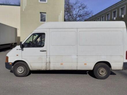 Белый Фольксваген ЛТ, объемом двигателя 2.5 л и пробегом 311 тыс. км за 6000 $, фото 1 на Automoto.ua
