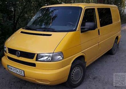 Желтый Фольксваген Т4 (Транспортер), объемом двигателя 2.5 л и пробегом 320 тыс. км за 7200 $, фото 1 на Automoto.ua