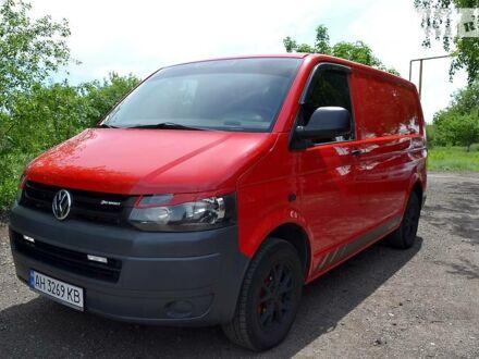 Червоний Фольксваген Т5 (Транспортер) вант., об'ємом двигуна 2 л та пробігом 234 тис. км за 12500 $, фото 1 на Automoto.ua