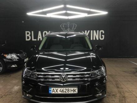 Черный Фольксваген Тигуан, объемом двигателя 2 л и пробегом 21 тыс. км за 36000 $, фото 1 на Automoto.ua