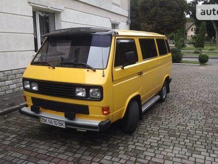 Жовтий Фольксваген T3 (Transporter) груз-пасс., об'ємом двигуна 1.6 л та пробігом 100 тис. км за 4400 $, фото 1 на Automoto.ua