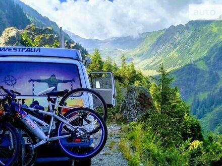 Белый Фольксваген T3 (Transporter) пасс., объемом двигателя 1.6 л и пробегом 200 тыс. км за 17200 $, фото 1 на Automoto.ua