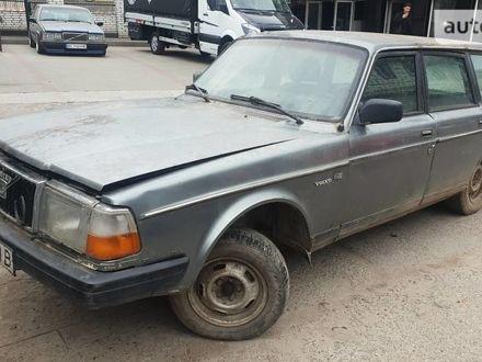 Серый Вольво 240, объемом двигателя 2.4 л и пробегом 269 тыс. км за 490 $, фото 1 на Automoto.ua