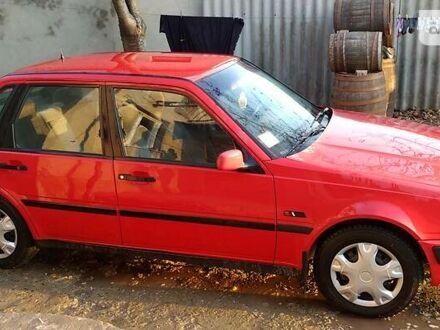 Красный Вольво 440, объемом двигателя 1.8 л и пробегом 5 тыс. км за 1700 $, фото 1 на Automoto.ua