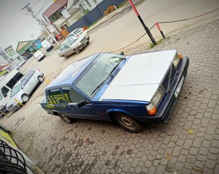 Синій Вольво 740, об'ємом двигуна 2.4 л та пробігом 1 тис. км за 1400 $, фото 1 на Automoto.ua