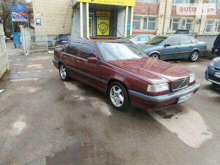 Красный Вольво 850, объемом двигателя 2.5 л и пробегом 340 тыс. км за 3500 $, фото 1 на Automoto.ua