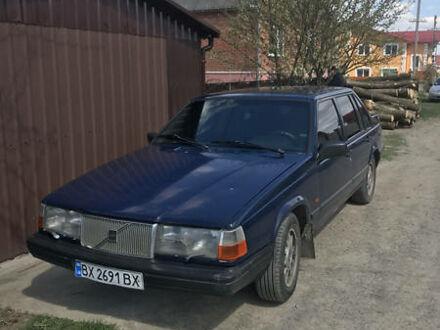 Синий Вольво 940, объемом двигателя 2.4 л и пробегом 300 тыс. км за 3000 $, фото 1 на Automoto.ua