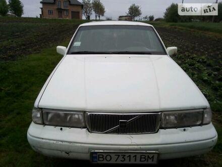 Белый Вольво 960, объемом двигателя 2.5 л и пробегом 425 тыс. км за 2100 $, фото 1 на Automoto.ua