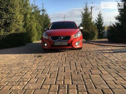 Червоний Вольво C30, об'ємом двигуна 1.6 л та пробігом 165 тис. км за 8300 $, фото 1 на Automoto.ua