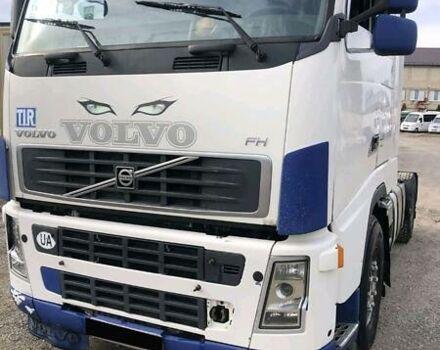 Белый Вольво Ф, объемом двигателя 13 л и пробегом 1 тыс. км за 10400 $, фото 1 на Automoto.ua