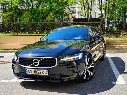 Черный Вольво С60, объемом двигателя 2 л и пробегом 23 тыс. км за 41200 $, фото 1 на Automoto.ua