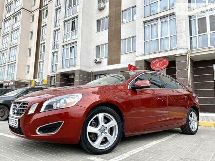 Червоний Вольво S60, об'ємом двигуна 2.5 л та пробігом 183 тис. км за 11400 $, фото 1 на Automoto.ua