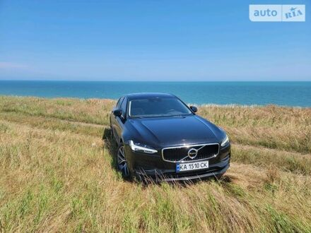 Черный Вольво С90, объемом двигателя 2 л и пробегом 37 тыс. км за 33500 $, фото 1 на Automoto.ua
