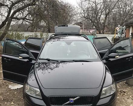 Черный Вольво В50, объемом двигателя 2 л и пробегом 299 тыс. км за 5900 $, фото 1 на Automoto.ua