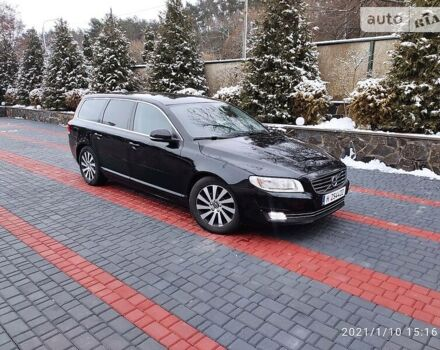 Чорний Вольво V70, об'ємом двигуна 1.6 л та пробігом 210 тис. км за 12400 $, фото 1 на Automoto.ua